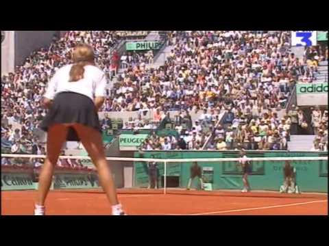 Steffi Graf vs Amelie Mauresmo 1997 RG Highlights