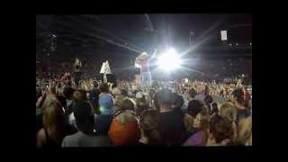 Kenny Chesney Concert Lambeau Field - Crowd Sings Happy Birthday to Grace Potter 6/20/15