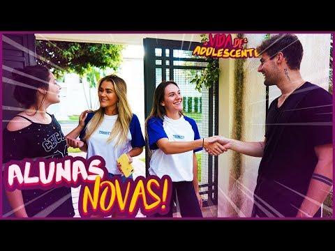 ALUNAS NOVAS NO COLÉGIO!! - VIDA DE ADOLESCENTE #43 [ REZENDE EVIL ]