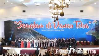 Bornok Hutauruk & RNB Trio feat Trinity Choir