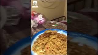 فيديو.. ضبط عمالة تستخدم شقة سكنية لتحضير المواد الغذائية بطريقة مخالفة بنجران