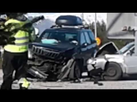 Car crash-in reykjavik island-24/4 2017