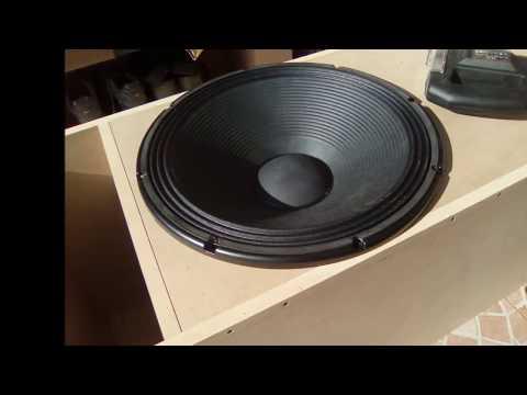 RCF 18' 'L18P400 Unboxing  | FunnyCat TV
