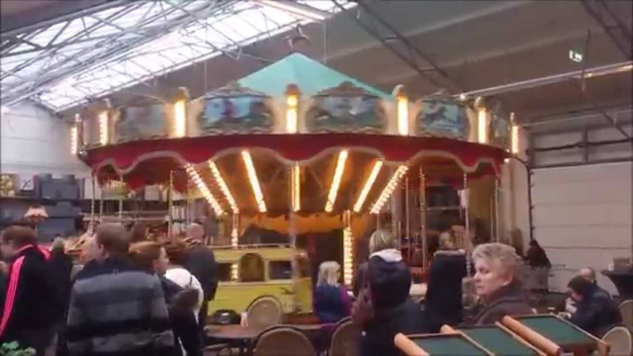Draaimolen intratuin duiven 2014 kerstshow youtube for Intra tuin duiven