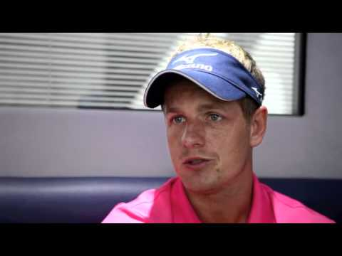 Luke Donald - What's in the bag?