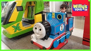 Riding the Giant Thomas Train Ride and Simulator X - WILLY
