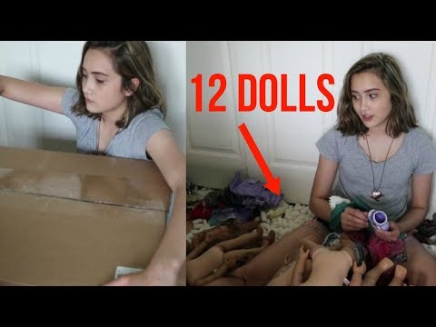 OPENING (ANOTHER) 12 AG DOLLS!