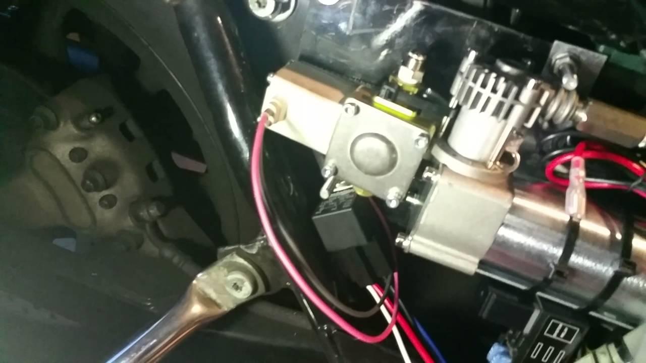 medium resolution of 04 harley touring air ride install