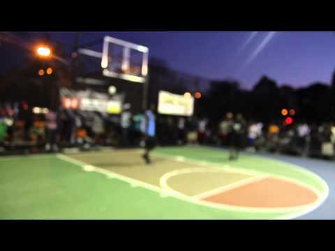 isaiah-whitehead-headlines-1-on-1-basketball-battles-in-coney-island-brooklyn-ny