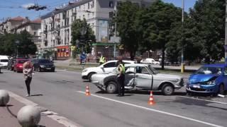 Масштабная авария на проспекте Соборном, мэрия, Запорожье, 5 июля 2016(, 2016-07-05T11:14:13.000Z)