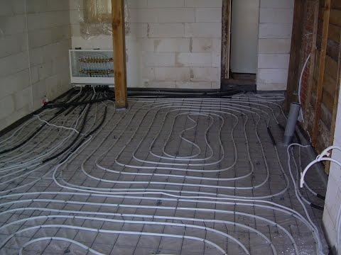 Fußbodenheizung mit warmem Wasser