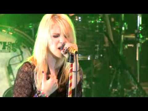 Thumbnail: Paramore - Decode [Live Ulalume Music Festival]