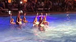 Synchroonzwemmen, De Barracuda's in Tamarijn Aruba All Inclusive
