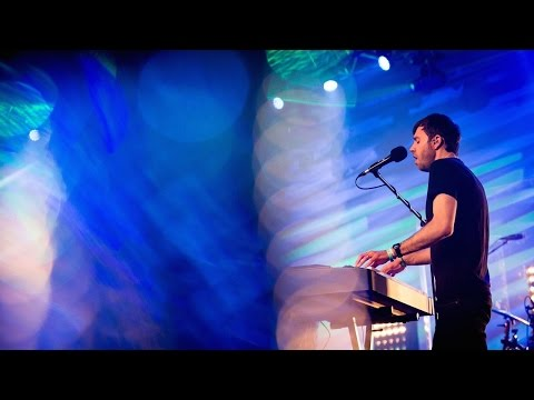 When You Walk into the Room - Jon Thurlow (Live)
