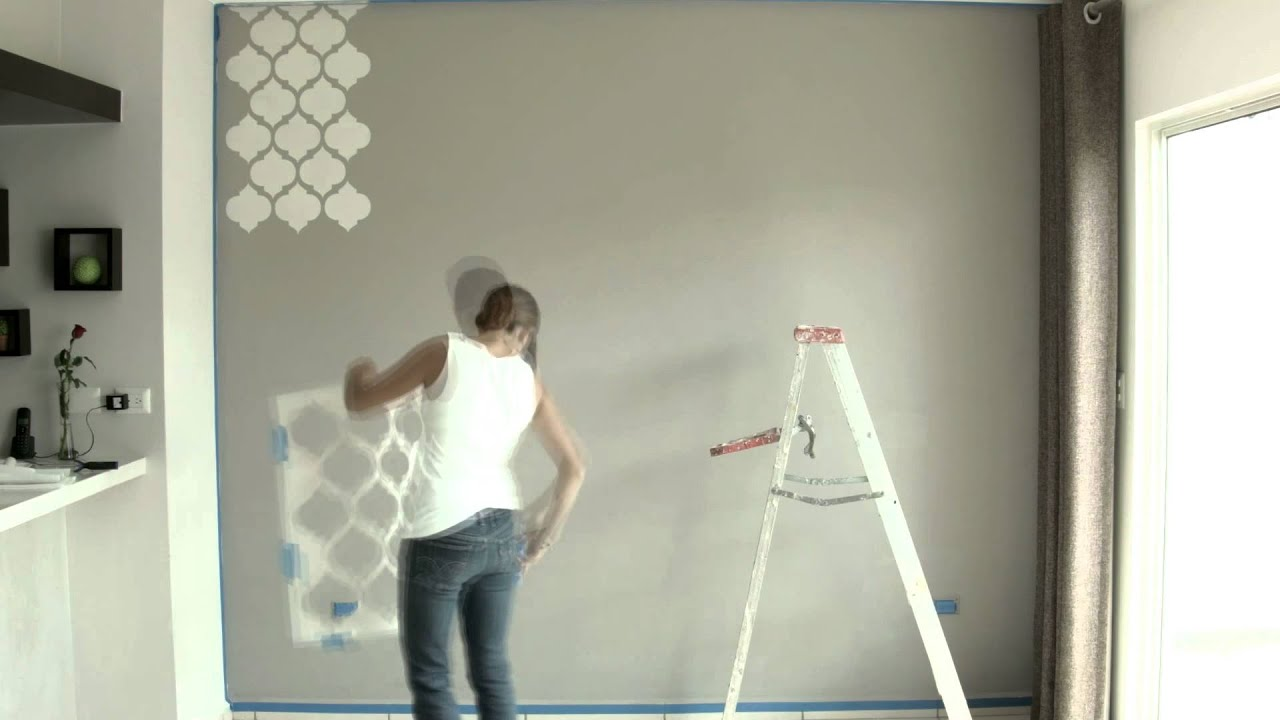 Living Designs Tecnica para decorar parades con plantillas - YouTube