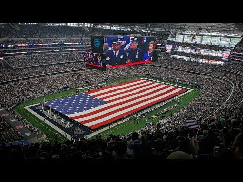 10 BEST NFL Stadiums You Need to Visit