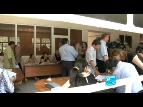 ABKHAZIA - GEORGIA: Abkhazians voting for their new president.