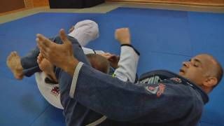 Triangle choke from mount by Renato Tavares