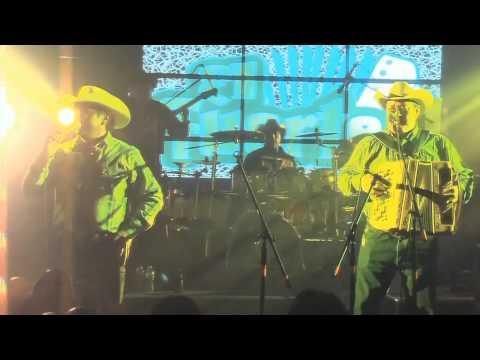 David Lee Garza Y Los Musicales feat Marcos Orozco