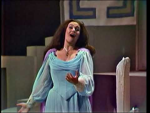 Very beautiful Joan Sutherland sings Elvira's caballeta (over-embelished)