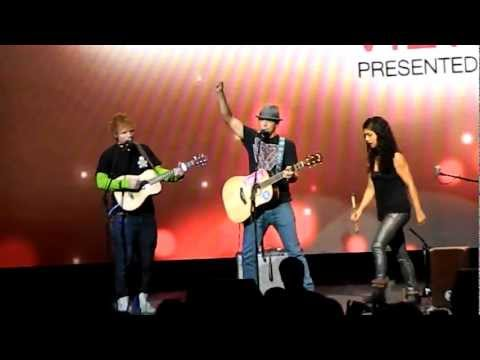 Ed Sheeran & Jason Mraz Freestyle Rap & Singing At Z100 Jingle Ball 2012 Viewing Party