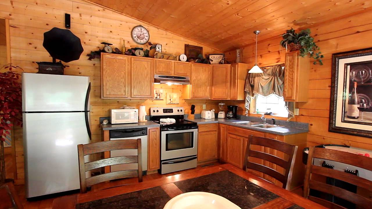 talentneeds honeymoon forge als chalet tn of com close with pools suites rentals indoor to downtown pool cabin tennessee awesome gatlinburg hideaway pigeon cabins
