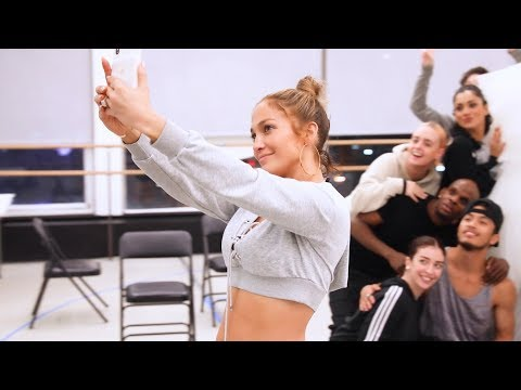 "Jackie - Jennifer Lopez's Daughter Emme Sings ""If I Ain't Got You"" by Alicia Keys"
