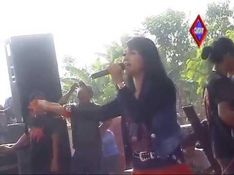 Ratna Antika ~ TERSISIH Monata Live in ANKERS Sukolilo Pati 2015