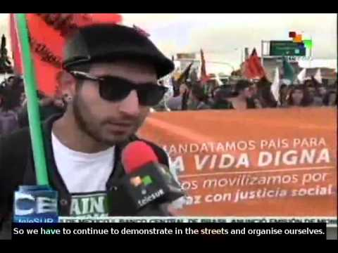 Thousands of people demonstrate to support Bogota Mayor Gustavo Petro