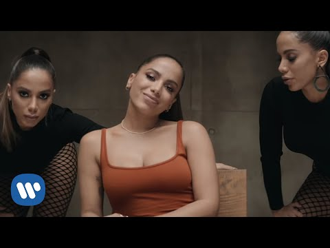 Anitta - Não Perco Meu Tempo (Official Music Video)