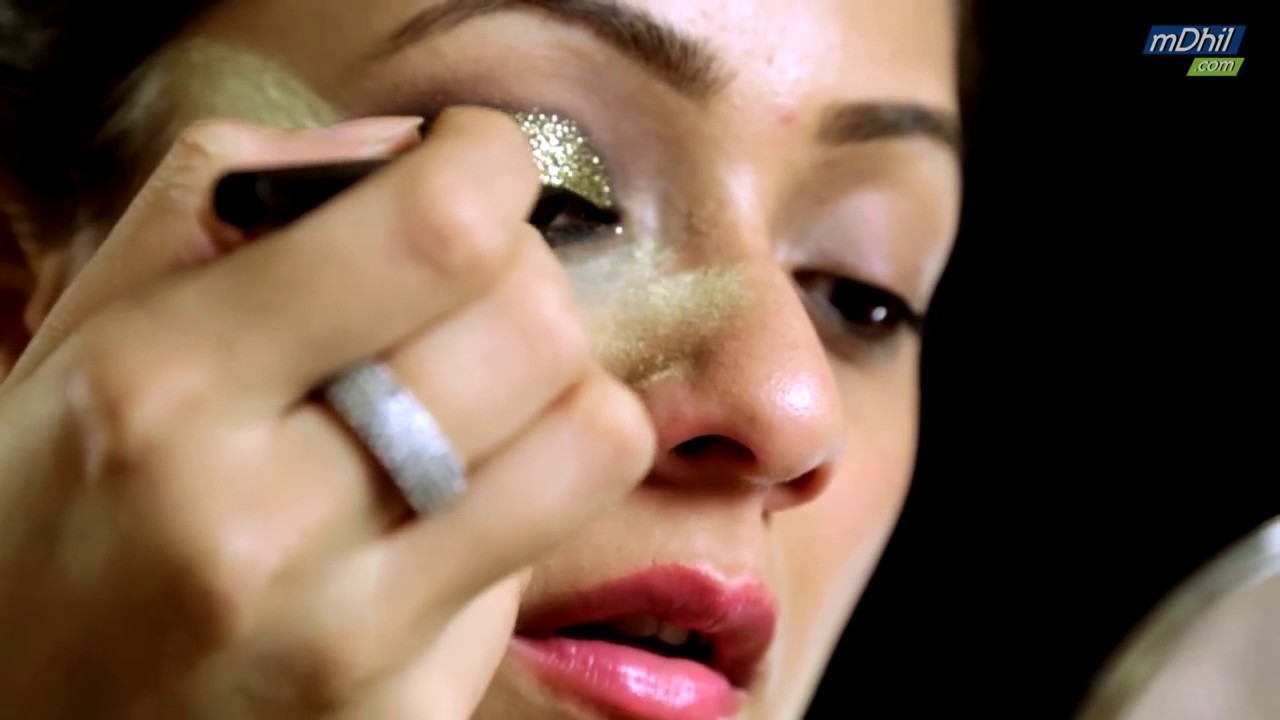How To Apply Glitter Eyeshadow In Hindi