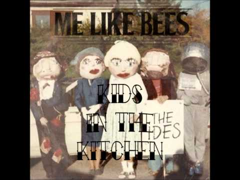 Kids in the kitchen- Me like bees