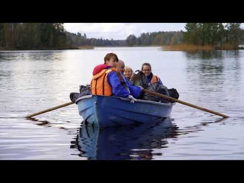 Сотрудники ООО «Газпром трансгаз Санкт-Петербург» организовали субботник на озере Вуокса