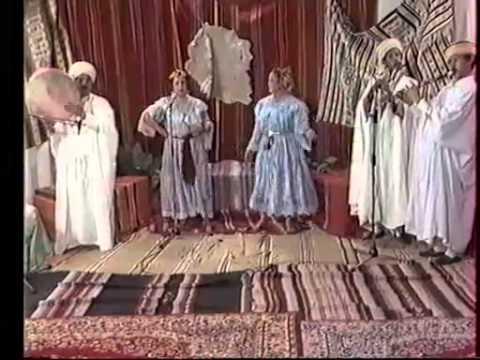 Cheikha Mouni (6-8) - Folklore Chaoui - Gasba Chaouia