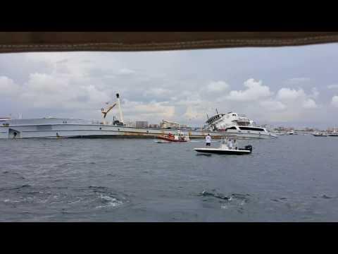 Lady Luck sinks off Pompeno Beach