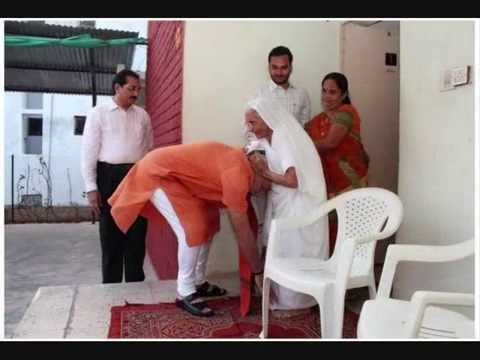 Narendra Modi celebrates his 64th birthday, Visited Her Mother