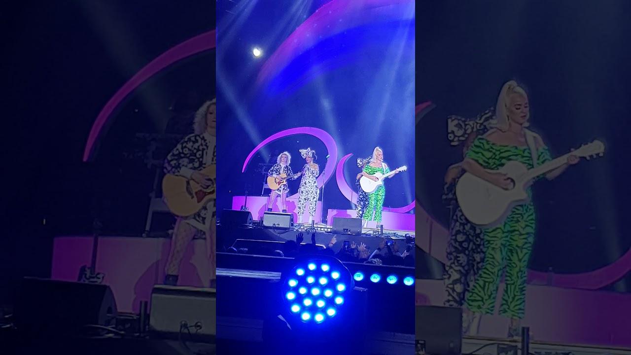 katy perry show mumbai india #oneplusmusicfestival mumai  #KatyPerry #HarleysInH