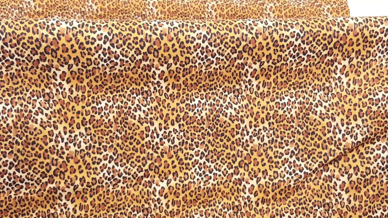Tela marr/ón mancha leopardo negro peque/ña de Timeless Treasures