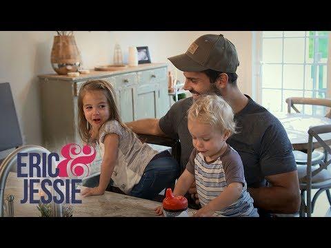 Eric & Jessie's Daughter Vivianne Is Super Mischievous | E!