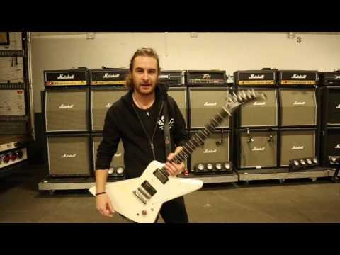 The Guitar Zombie Walkthrough - Joel O´Keeffe of Airbourne
