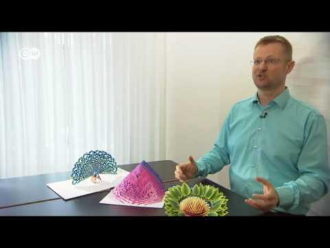Esculturas de papel pop-up  Euromaxx