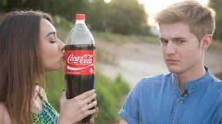 Самый веселый поцелуй Кока-Кола