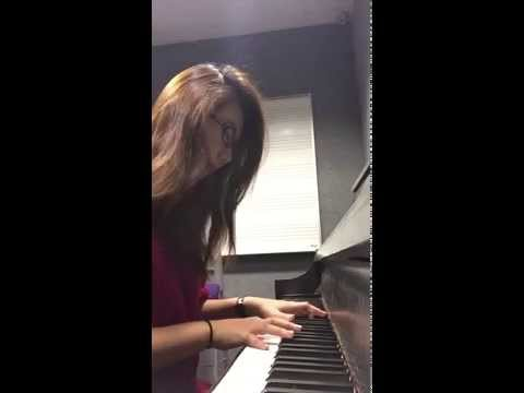 Piano Snippet: Glowing Red Morningstar Lilies (山丹丹花开红艳艳)