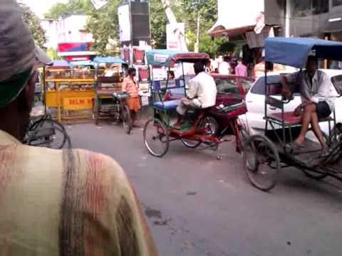 KAMLA NAGAR AND BUNGALOW ROAD NEW DELHI--TRAFFIC JAMS --ILLEGAL PARKING MAFIA