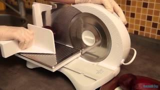 Карпаччо из свеклы с нежным сыром(Видеорецепт приготовления праздничной закуски., 2012-12-20T15:24:41.000Z)