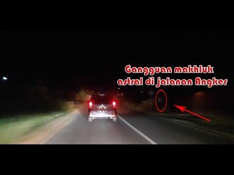 (masih Berani Lewat)  Inilah Jalan Paling Angker Se-Indonesia
