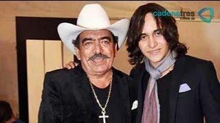 Hijo de Maribel Guardia celebra día del padre con Joan Sebastian