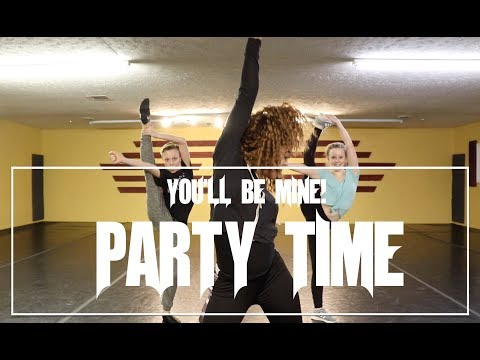 GLORIA ESTEFAN - You'll be Mine (Party Time) | On Your Feet! The Musical |@theINstituteOfDancers