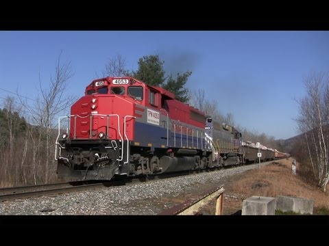 Big Rocks = Big Throttle! New England Central Rock Trains