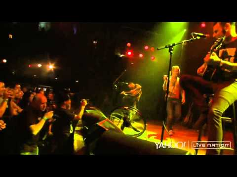 Corey Taylor - Jamie's Cryin' (Van Halen Cover) - Live at House of Blues 2015